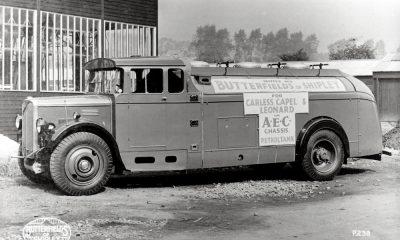 AEC Mandator (model 672)