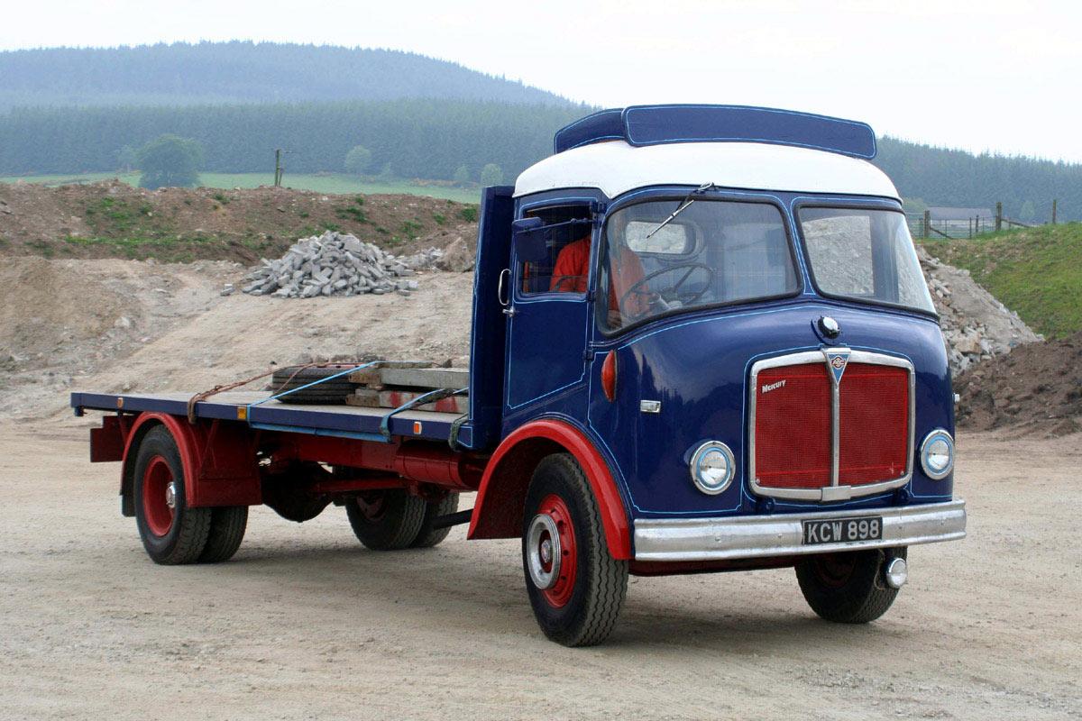 AEC Mercury MkII (GM4R4) with Bowyer cab