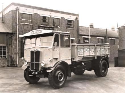 AEC Monarch ( model 641 )