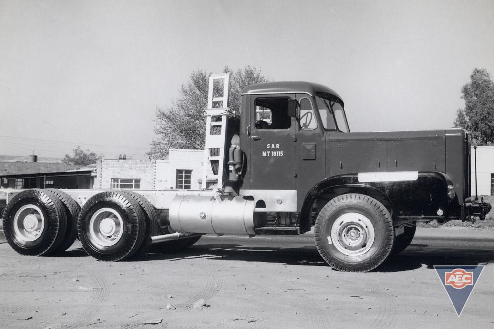 AEC Super Mammoth ( model HG6RAB )
