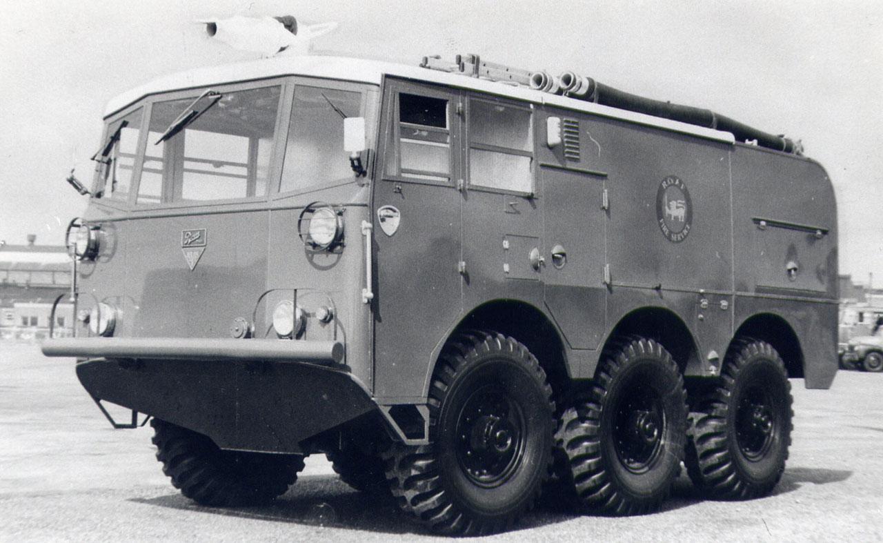 Alvis FV-651 / FV-652 Salamander