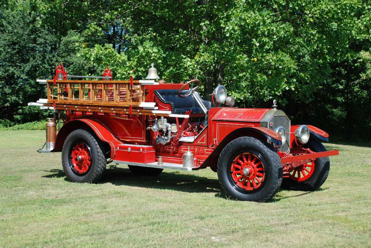 1918 American LaFrance Type 40