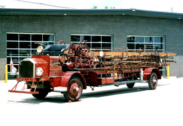 American LaFrance Type 31-6