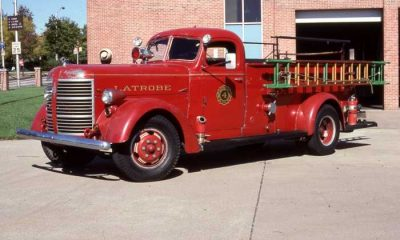 American LaFrance Type 600 with International cab Author Lloyd