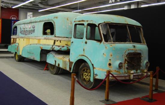 Assomption Renault 'Cirque Pinder'