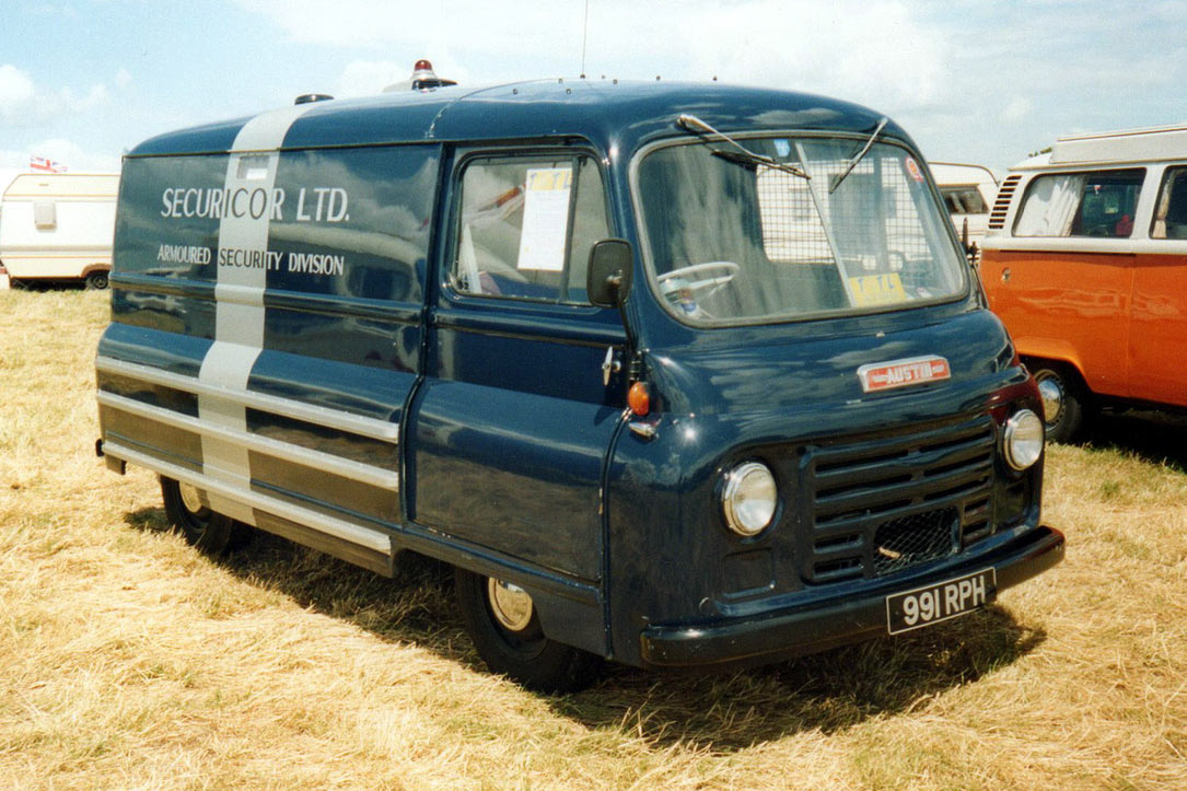 Austin 152 Omni