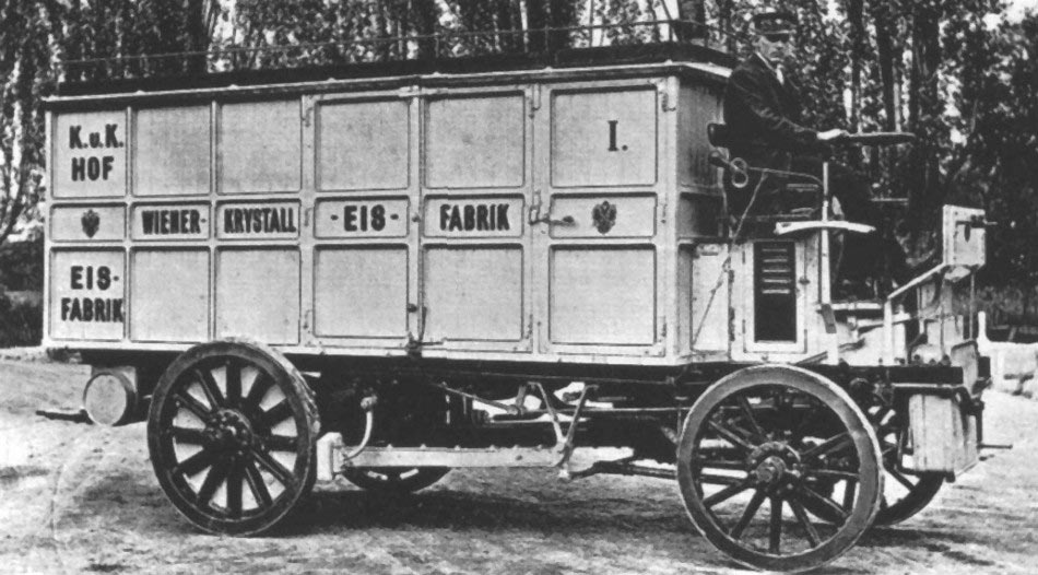 1901 Austro-Daimler 4PS with the world's first isothermal body