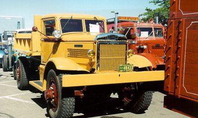 1939 Autocar 4x4NF