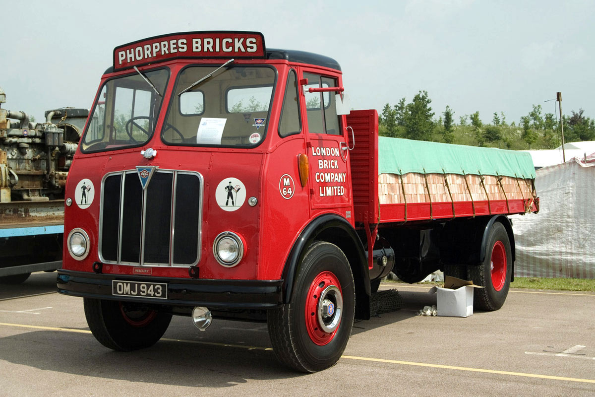 AEC Mercury MkI ( model GM4RA ) with Duramin cab